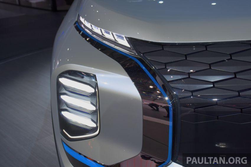 Mitsubishi Engelberg Tourer – PHEV SUV concept with 20 kWh battery, 70 km EV range, 700 km combined Image #932227
