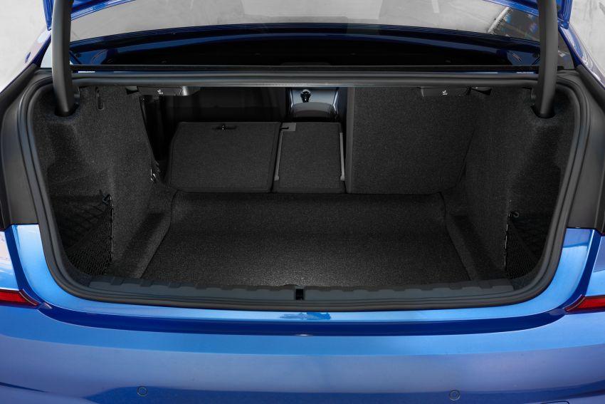BMW 3 Series G20 dilancarkan di M'sia – 330i M Sport, 2.0L TwinPower, 258 hp/400 Nm, harga RM328,800 Image #939830