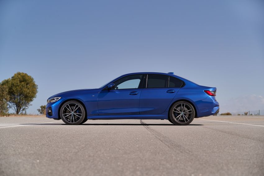 BMW 3 Series G20 dilancarkan di M'sia – 330i M Sport, 2.0L TwinPower, 258 hp/400 Nm, harga RM328,800 Image #939817