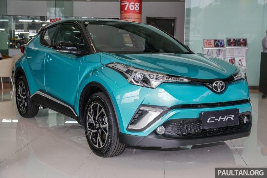 GALLERY: 2019 Toyota C-HR – new wheels, CarPlay Image #928115