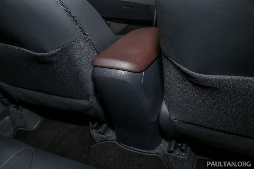 GALLERY: 2019 Toyota C-HR – new wheels, CarPlay Image #928209