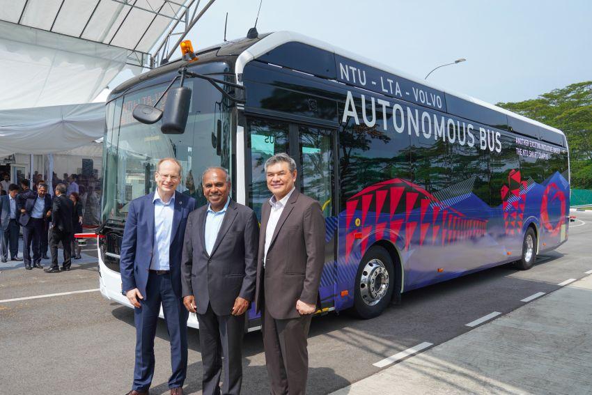 Volvo unveils autonomous bus for testing in Singapore Image #934563