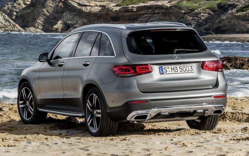 Mercedes-Benz GLC X253 <em>facelift</em> ditunjuk – enjin <em>mild hybrid</em> baru dengan sistem infotainmen MBUX Image #928289