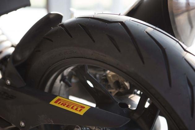 Review: 2019 Pirelli Diablo Rosso Sport - we test ride big