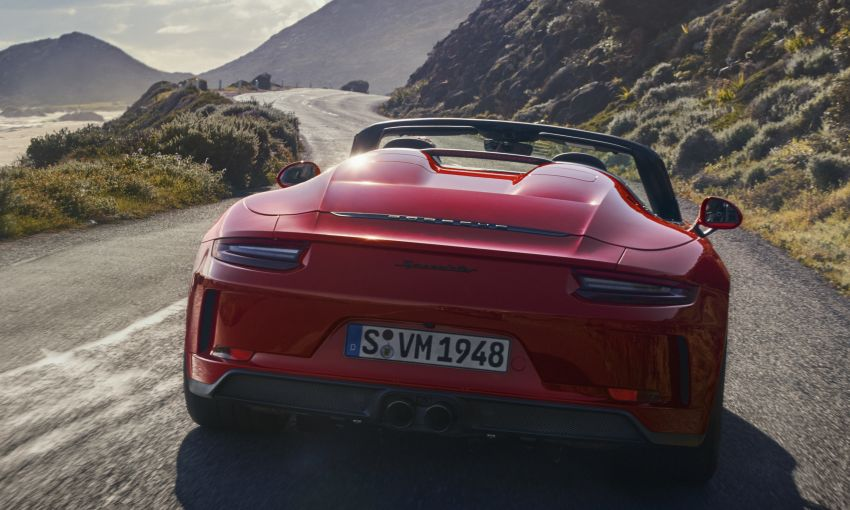2019 Porsche 911 Speedster debuts – 1,948 units only Image #948887