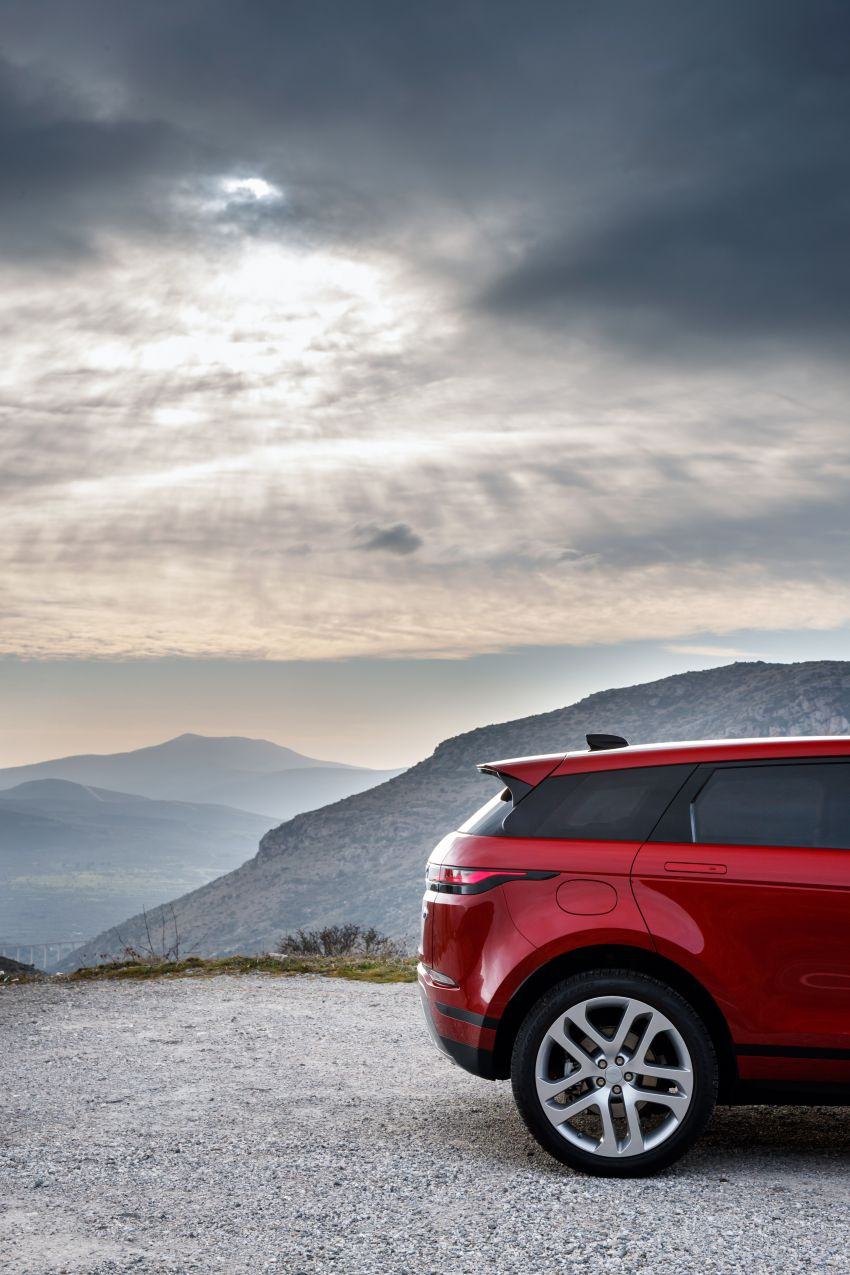 MEGA GALLERY: 2019 Range Rover Evoque in Greece Image #952060