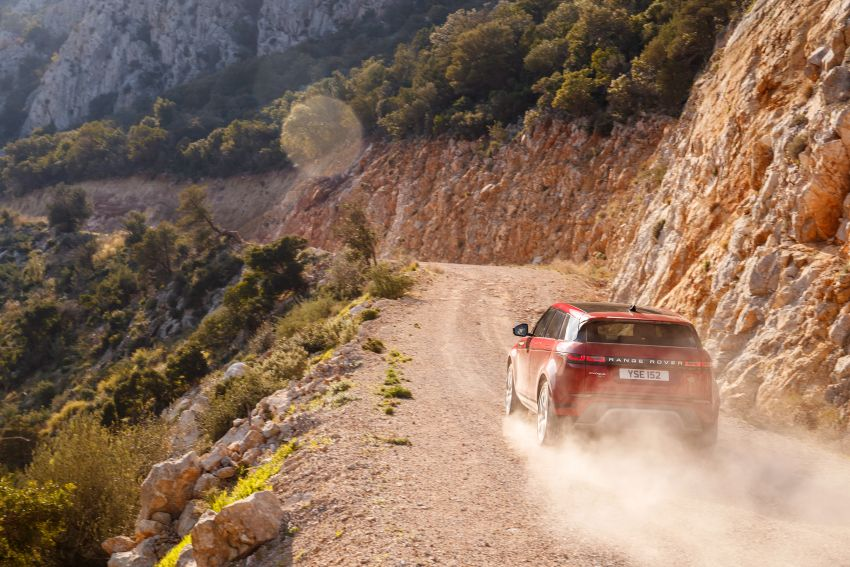 MEGA GALLERY: 2019 Range Rover Evoque in Greece Image #951812