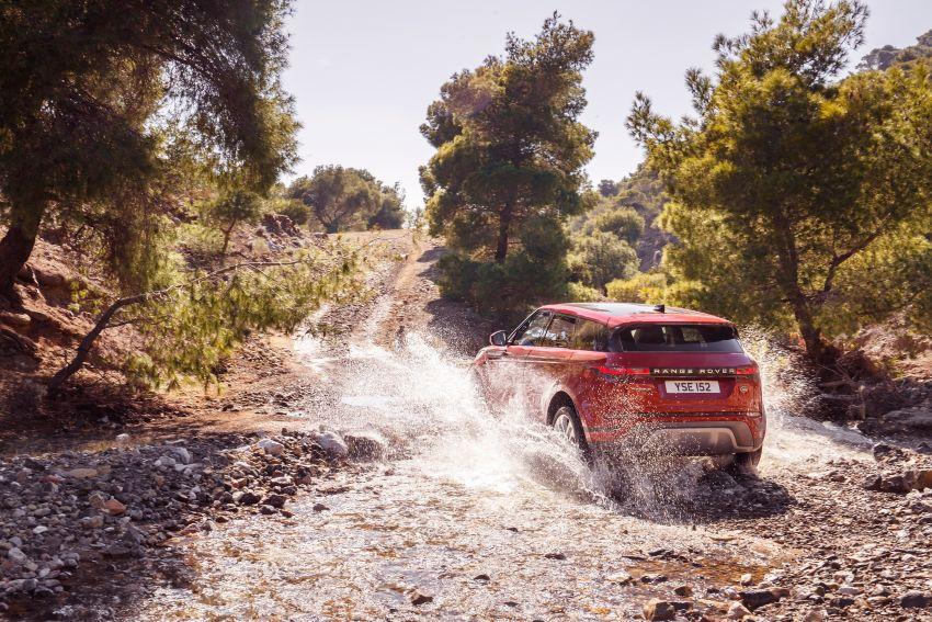MEGA GALLERY: 2019 Range Rover Evoque in Greece Image #951816