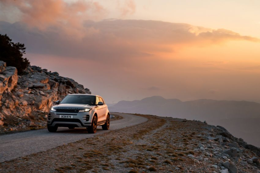 MEGA GALLERY: 2019 Range Rover Evoque in Greece Image #951834