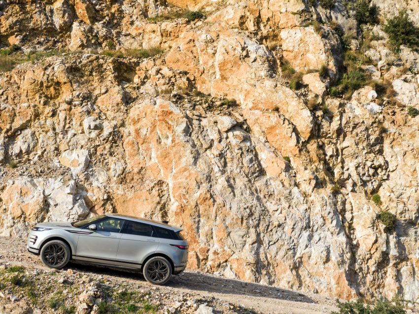 MEGA GALLERY: 2019 Range Rover Evoque in Greece Image #951839