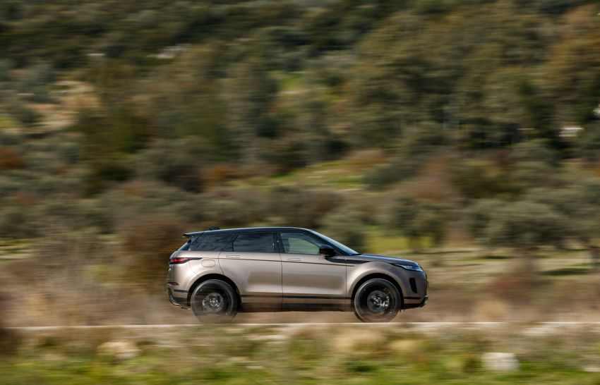 MEGA GALLERY: 2019 Range Rover Evoque in Greece Image #951859