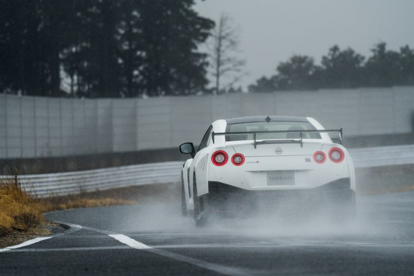 2020 Nissan GT-R Nismo sheds weight, improves grip Image #948675
