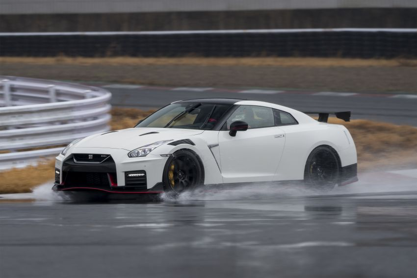 2020 Nissan GT-R Nismo sheds weight, improves grip Image #948676