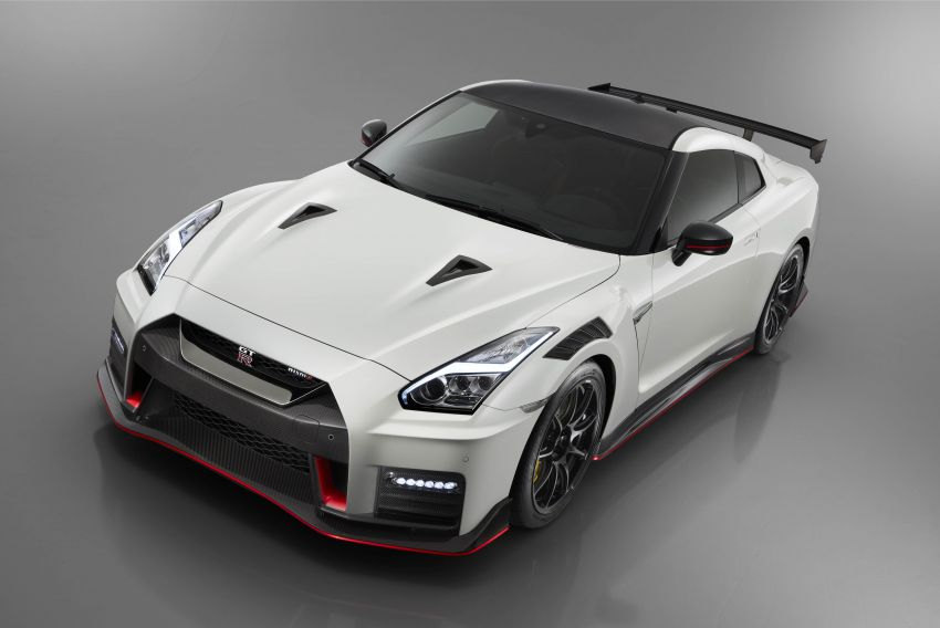 2020 Nissan GT-R Nismo sheds weight, improves grip Image #948692