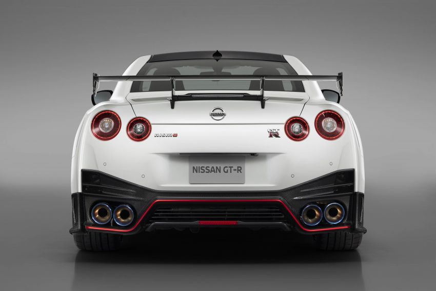 2020 Nissan GT-R Nismo sheds weight, improves grip Image #948695