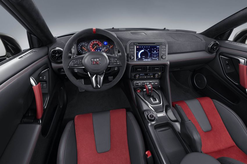 2020 Nissan GT-R Nismo sheds weight, improves grip Image #948696