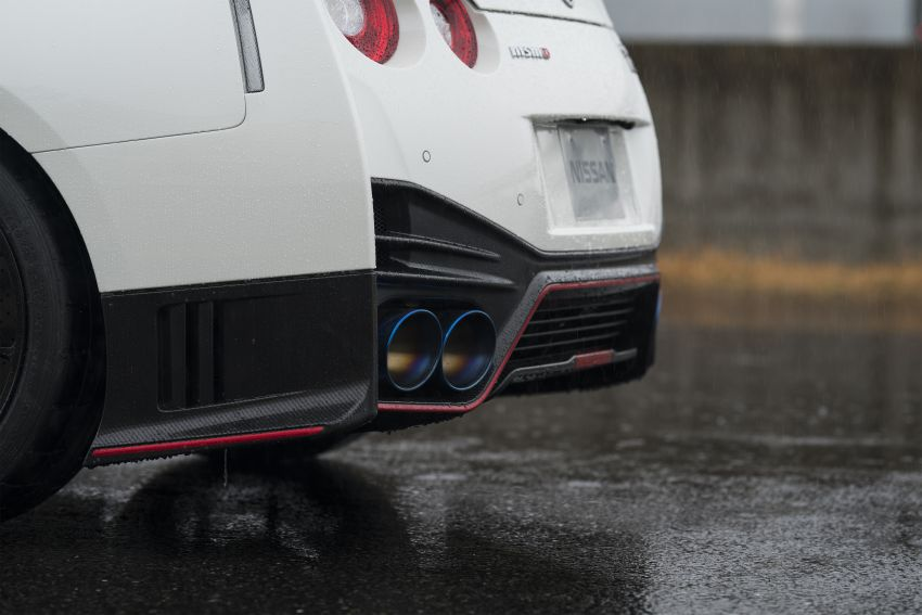 2020 Nissan GT-R Nismo sheds weight, improves grip Image #948670