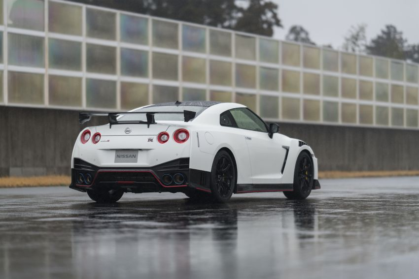 2020 Nissan GT-R Nismo sheds weight, improves grip Image #948671