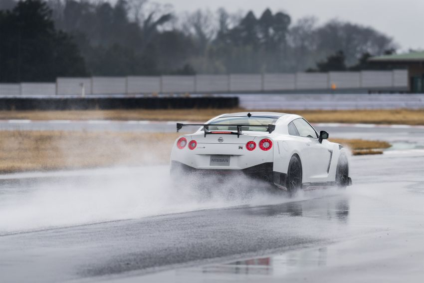 2020 Nissan GT-R Nismo sheds weight, improves grip Image #948673