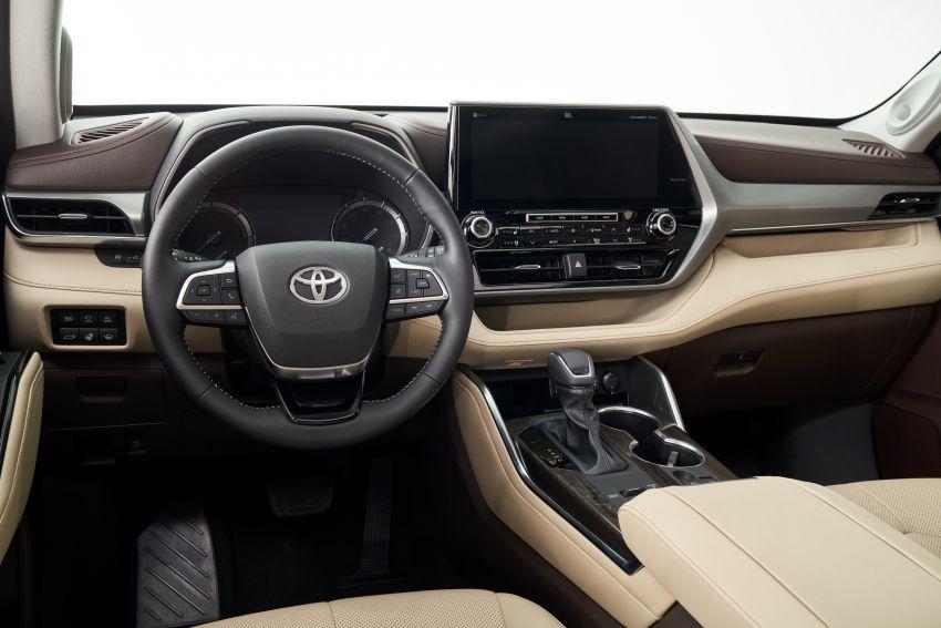 2020 Toyota Highlander debuts at NYIAS – three-row SUV gains TNGA platform, 3.5L V6 and 2.5L hybrid Image #948725