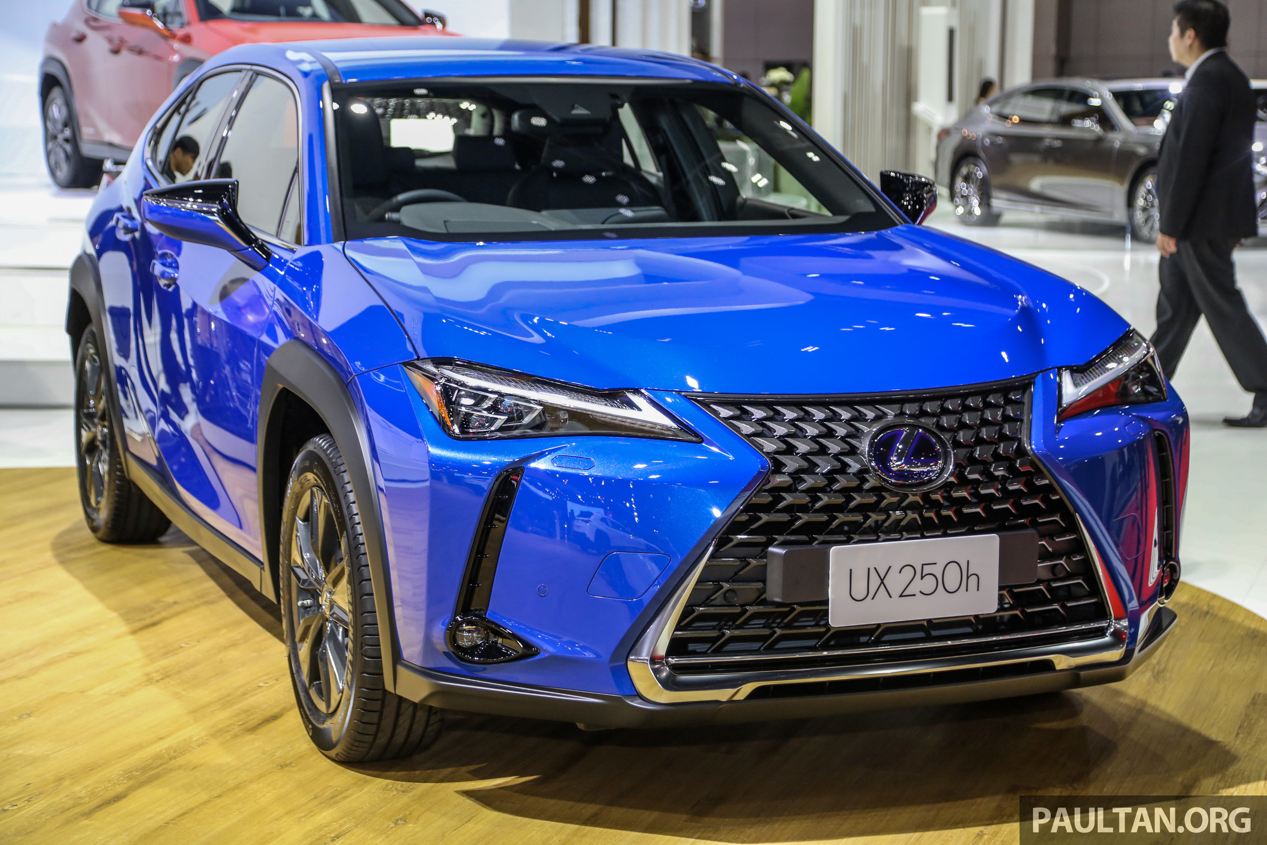 Bangkok 2019: Lexus UX 250h launched, from RM320k BIMS2019 ...