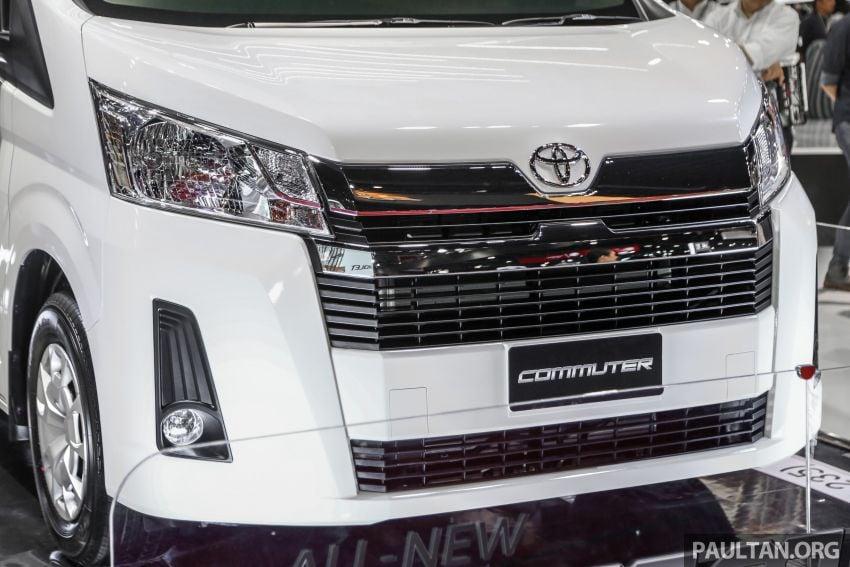 Bangkok 2019: New Toyota Commuter passenger van Image #941217