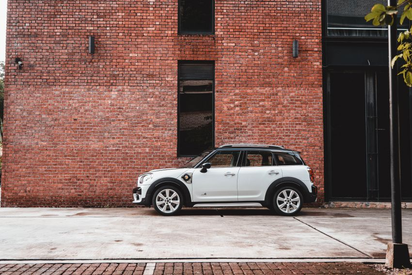 F60 MINI Cooper S Countryman Pure launched – from RM229k; PHEV model gets RM18k Wired Package Image #947700
