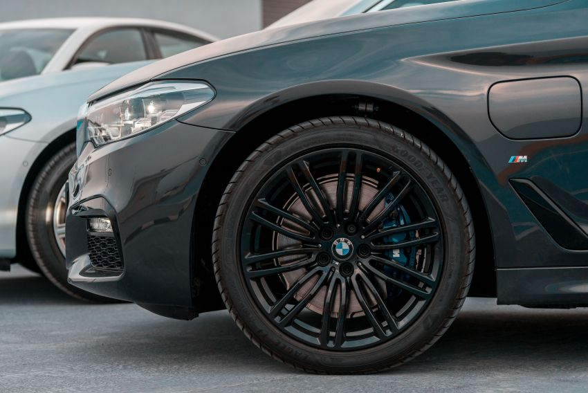 BMW Malaysia introduces G30 BMW 520i Luxury and 530e M Sport variants – RM329k and RM339k Image #953297