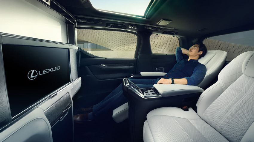 Lexus LM unveiled for Asia – ultimate luxury Alphard Image #948239