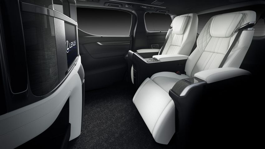 Lexus LM unveiled for Asia – ultimate luxury Alphard Image #948240