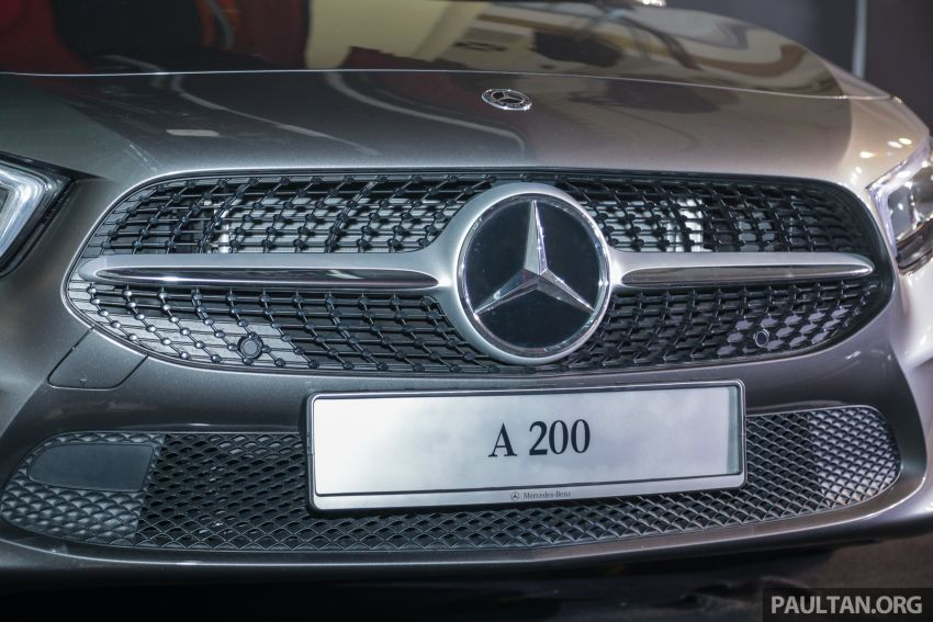V177 Mercedes-Benz A-Class Sedan launched in Malaysia – A200 and A250 at RM230k and RM268k Image #944534