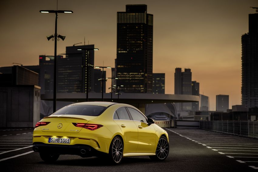 C118 Mercedes-AMG CLA35 4Matic debuts with 302 hp Image #944601