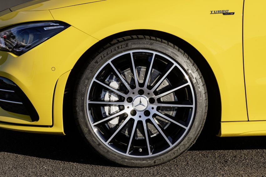 C118 Mercedes-AMG CLA35 4Matic debuts with 302 hp Image #944616