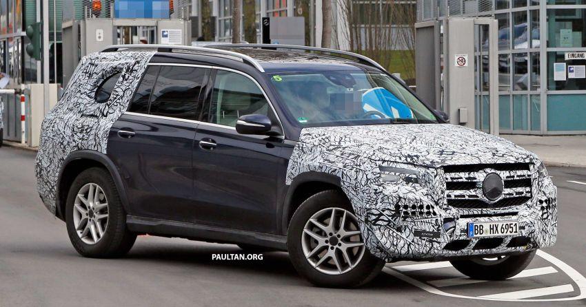 SPYSHOTS: Next Mercedes-Benz GLS in less camo Image #945141