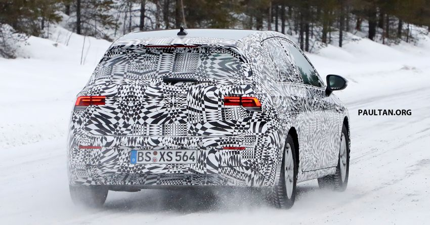 SPIED: Volkswagen Golf Mk8 drops camo, shows face Image #954787