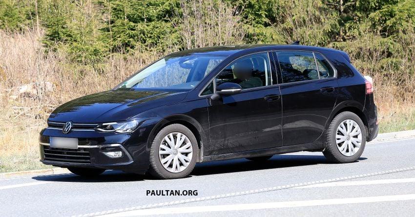 SPIED: Volkswagen Golf Mk8 drops camo, shows face Image #954739