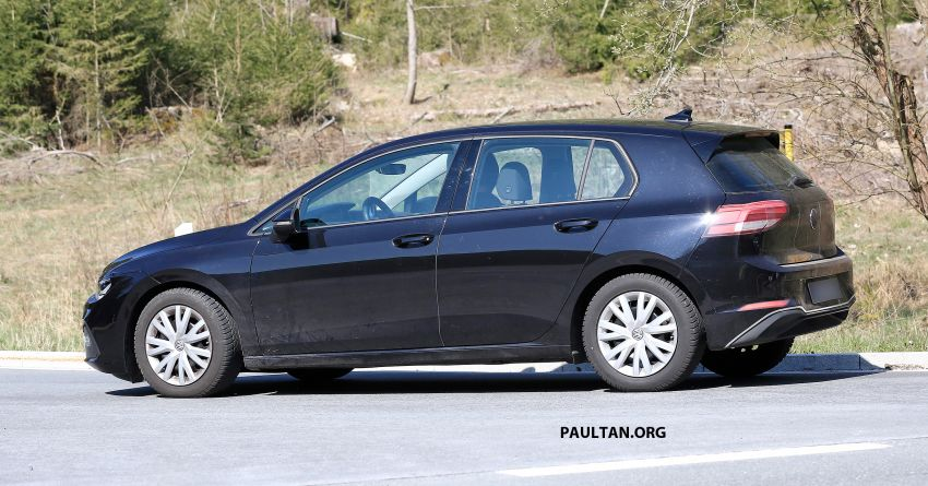 SPIED: Volkswagen Golf Mk8 drops camo, shows face Image #954742