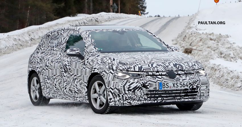 SPIED: Volkswagen Golf Mk8 drops camo, shows face Image #954779