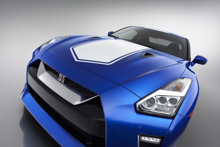 Nissan GT-R 50th Anniversary Edition debuts in NY – celebrating half a century of a legendary nameplate Image #948566