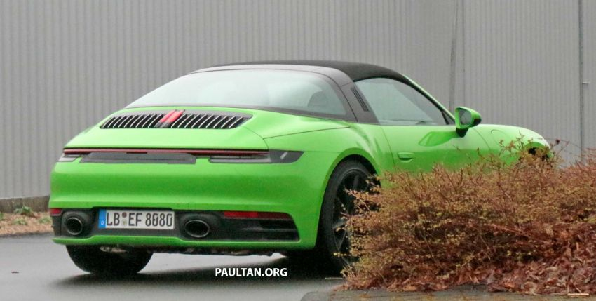 SPIED: 992-gen Porsche 911 Targa on road and 'Ring Image #950954