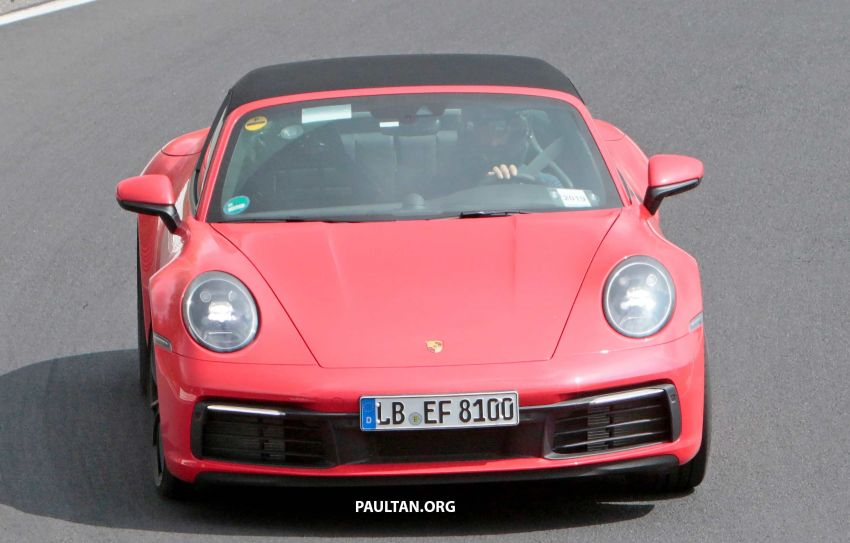 SPIED: 992-gen Porsche 911 Targa on road and 'Ring Image #950958