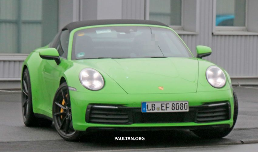 SPIED: 992-gen Porsche 911 Targa on road and 'Ring Image #950943