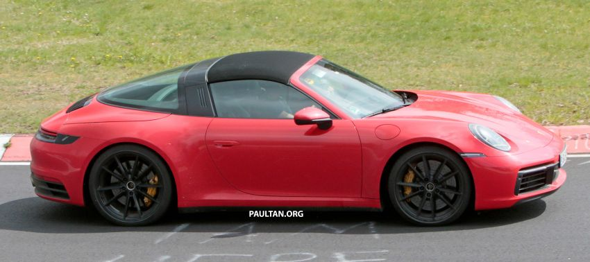 SPIED: 992-gen Porsche 911 Targa on road and 'Ring Image #950965