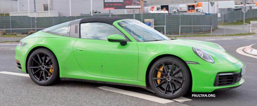 SPIED: 992-gen Porsche 911 Targa on road and 'Ring Image #950975