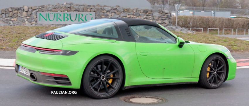 SPIED: 992-gen Porsche 911 Targa on road and 'Ring Image #950977