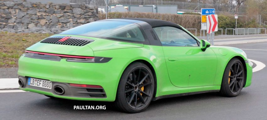 SPIED: 992-gen Porsche 911 Targa on road and 'Ring Image #950978