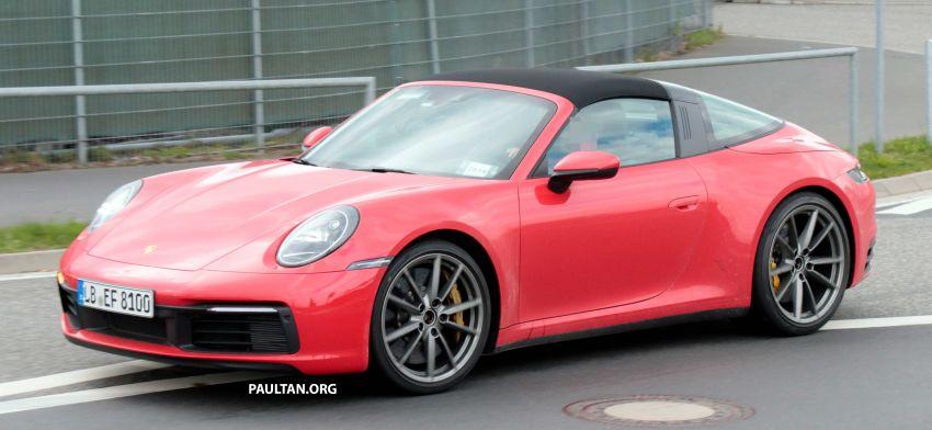 SPIED: 992-gen Porsche 911 Targa on road and 'Ring Image #950985
