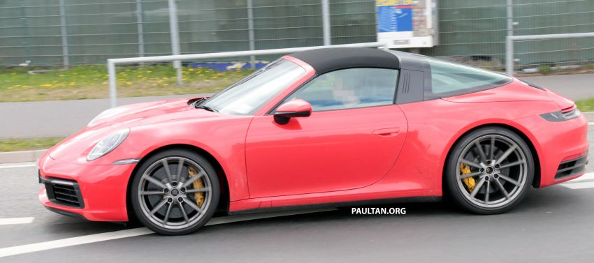 SPIED: 992-gen Porsche 911 Targa on road and 'Ring Image #950986