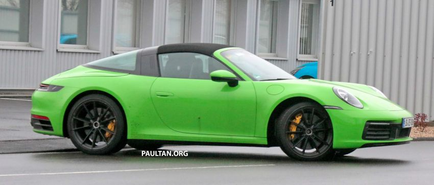 SPIED: 992-gen Porsche 911 Targa on road and 'Ring Image #950948