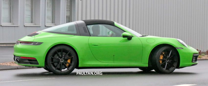 SPIED: 992-gen Porsche 911 Targa on road and 'Ring Image #950951